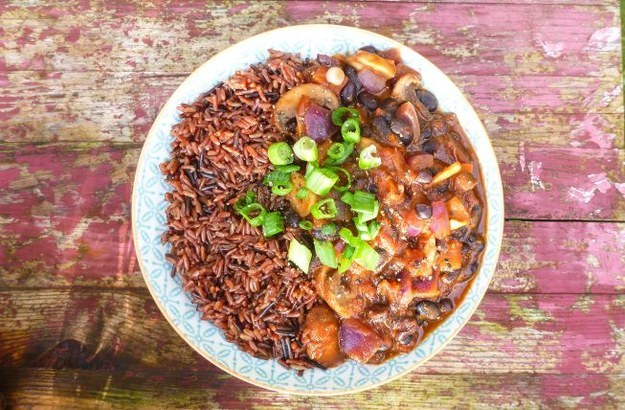 Why Now Is The Right Time For Colorful Autumn Vegan Recipes-Mushroom, Clove and Black Bean Healing Chili