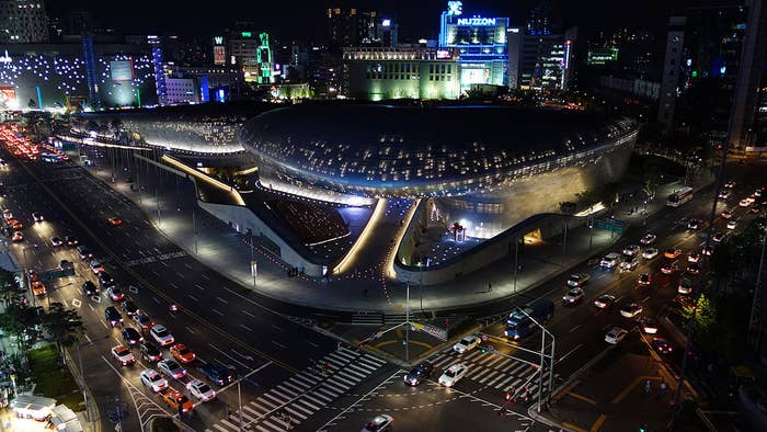 Designed by legendary Iraqi-British architect Zaha Hadid and Samoo Architects & Engineers, the Seoul construction has become a much loved part of the city's skyline. With its spacey neo-futuristic design, it is the centre of Seoul's fashion and design hubs, boasts a public park on its roof, and was one of the key factors in winning the city's designation as World Design Capital in 2010.