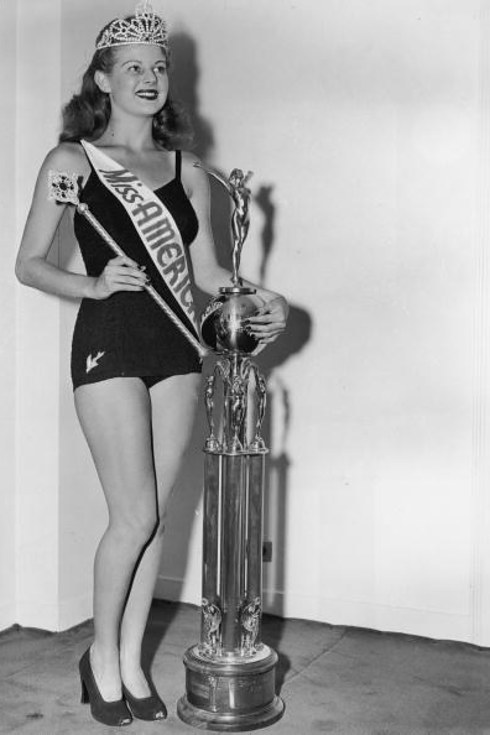 The evolution of the Miss America swimsuit competition | Daily ...