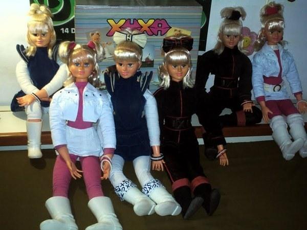 E, claro, todas as bonecas de apresentadoras -- algumas envolvidas em lendas urbanas, como a Xuxa.