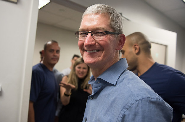 "Tim Cook Says Apple Is Making A ""Substantial Donation"" To Refugee Groups"