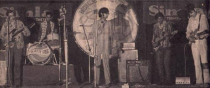 Nandu Bhende, one of the pioneers of rock music in India, performing with his band Velvette Fogg.