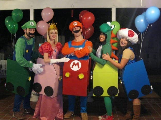 32 Ridiculously Clever Group Halloween Costumes