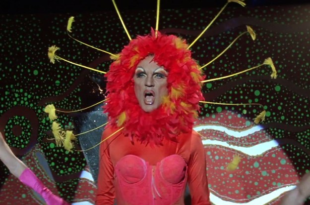 The Definitive Ranking Of Iconic Priscilla Queen Of The Desert Looks
