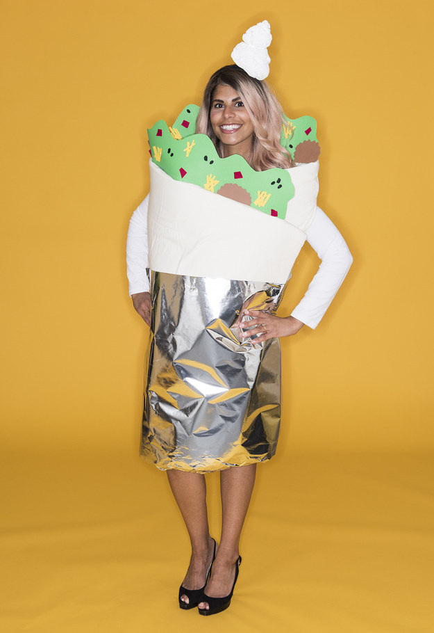 Here S How To Make A Comfy Af Burrito Costume This Halloween