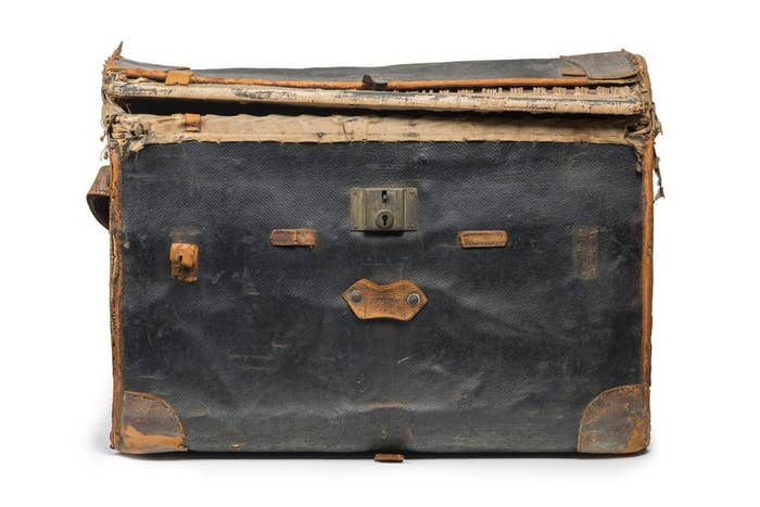 John Robinson murdered 36-year-old prostitute Minnie Bonati and hid her dismembered body in this trunk. He then dumped it at Charing Cross Station in the left-luggage office.A few days later attendants noticed a smell coming from the trunk and called the police. Inside, police found five brown paper parcels tied with string. Each contained a piece of Minnie Bonati. She had been dead for about a week. On 13 July 1927 Robinson was sentenced to death, and hanged at Pentonville Prison a month later.