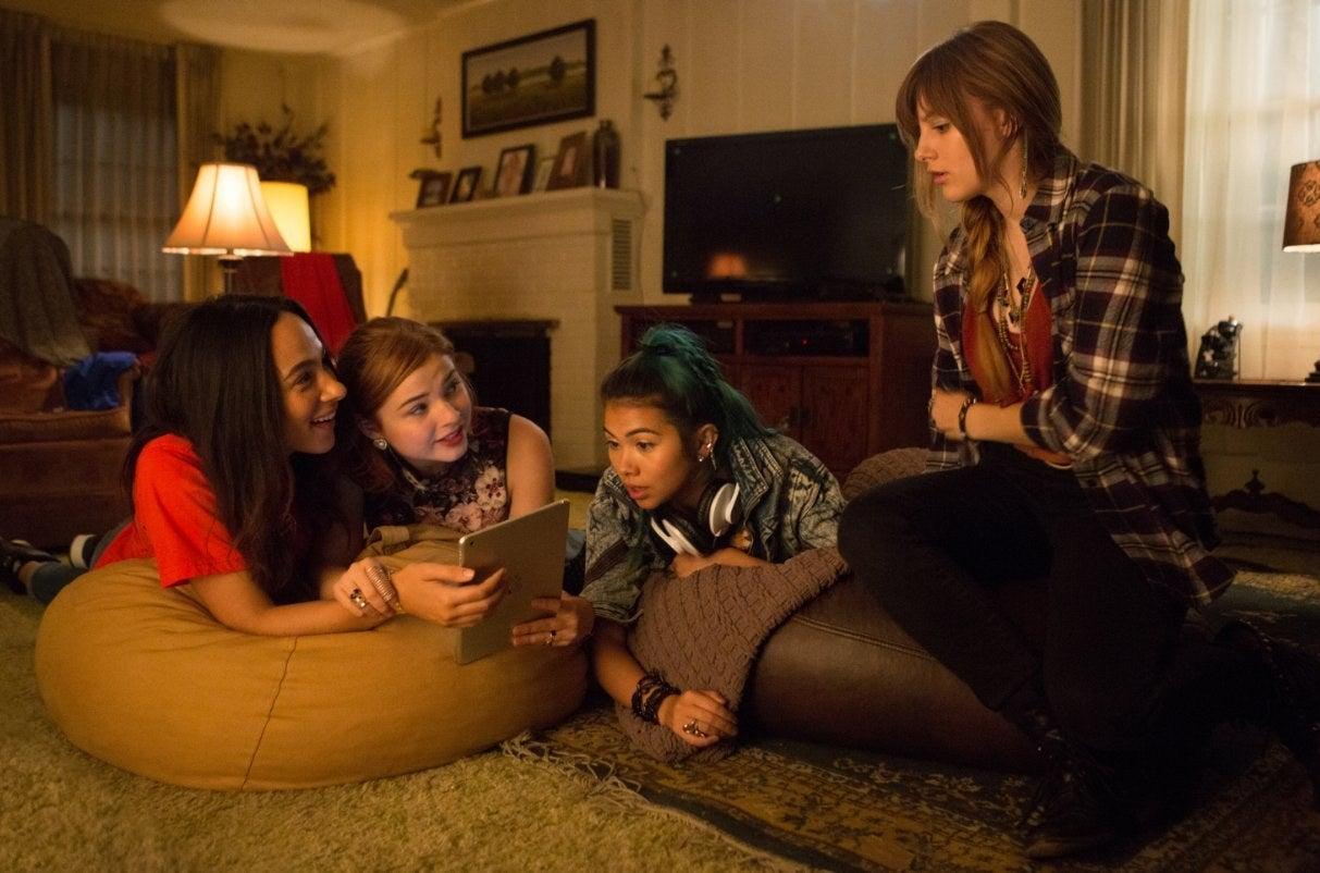 Aurora Perrineau, Scott, Kiyoko, and Peeples in Jem and the Holograms.