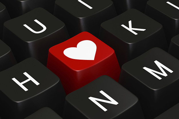 Pros and cons of online dating