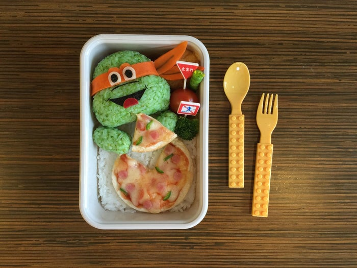 """""""Like many other mums, I barely have time for myself. Bento-making allows me to exercise my creative """"me"""" time. [But] best of all, my kids benefit from my healthy food-art creations."""""""