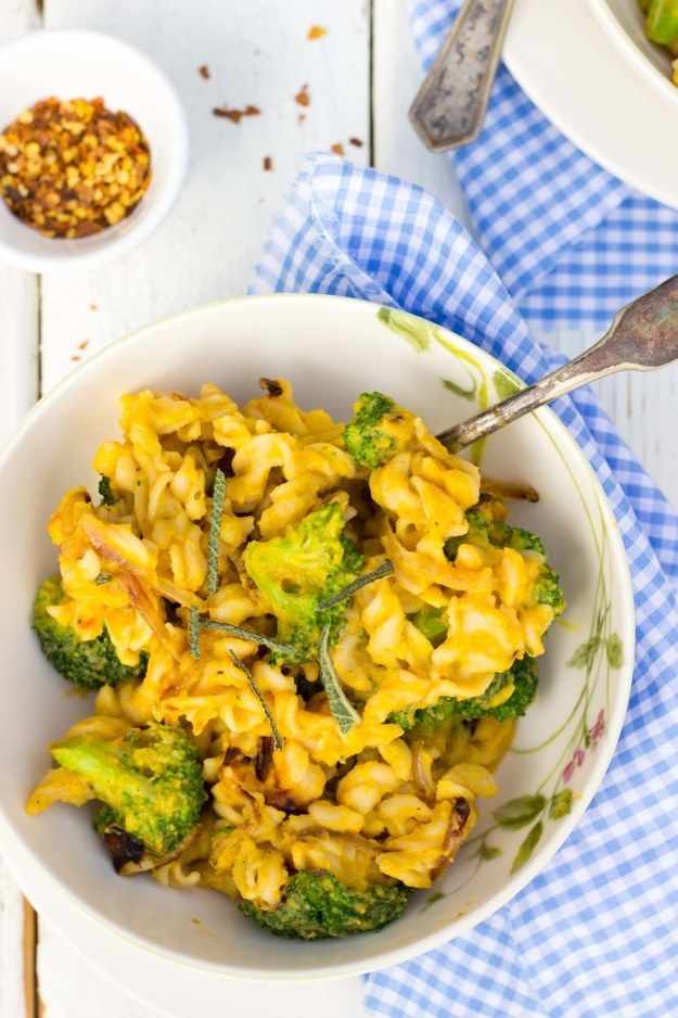 Butternut Squash Mac and Cheese with Broccoli
