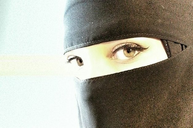 a toronto woman wearing a niqab was attacked in front of
