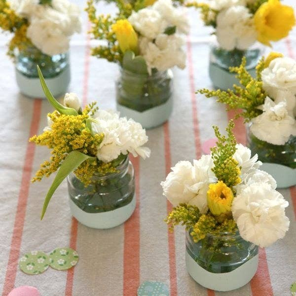 23 insanely cool things you can do with baby food jars this diy makes ideal decorations for a wedding or first birthday party learn more here junglespirit Image collections