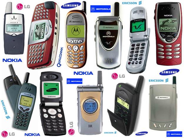 Os celulares eram assim e a gente os usava para -- pasmem! -- fazer CHAMADAS.