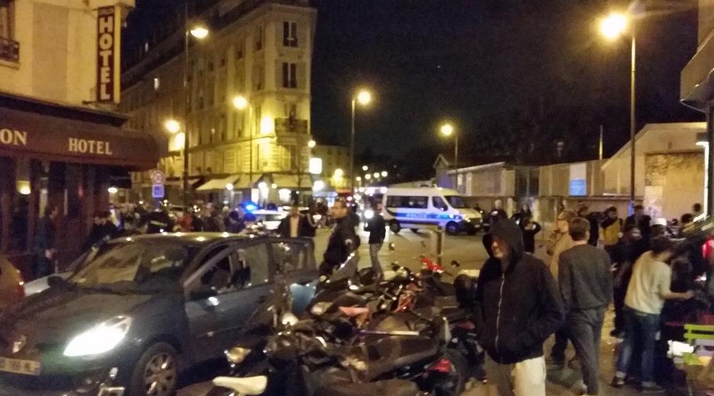 Tiroteios e explosões deixam mortos em Paris