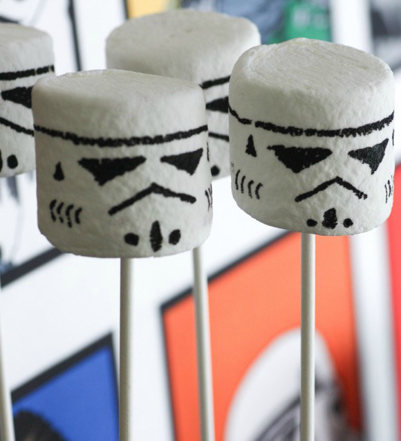 "17 Foods Guaranteed To Excite Any ""Star Wars"" Fan"