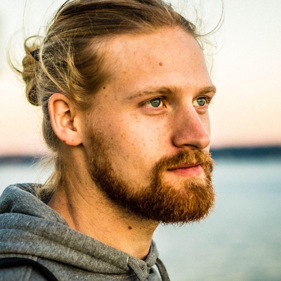 スウェーデンとの出会いに関するビデオを制作する計画はありますか?私は知っている、すでにスウェーデンについてのビデオがあり、それはクールですが、私はまだあなたがスウェーデンと出会っていることを知っています。特にスウェーデンの男性を日付にすることはすばらしいことでしょう。