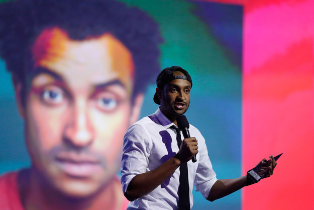This Comedian Used His Awards Speech To Call Out Sexism