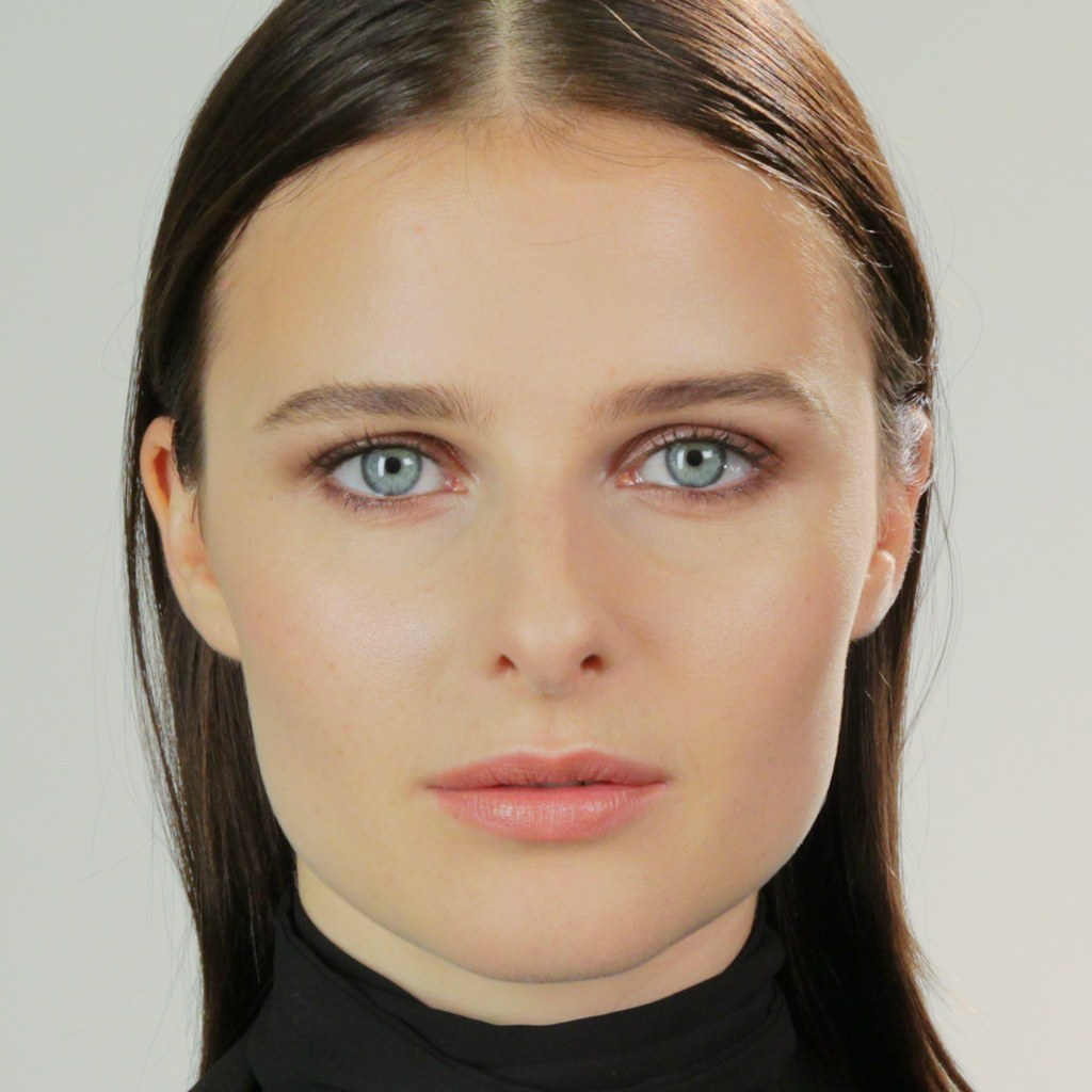 Here S What Top Professional Models Look Like Without Makeup