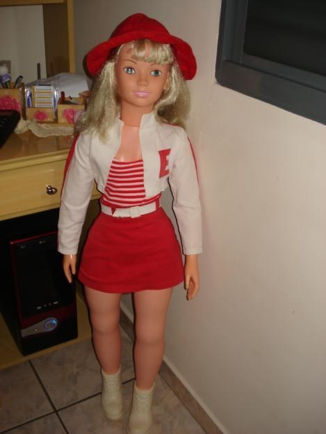 Onde, é claro, esta boneca nunca conseguiu entrar.