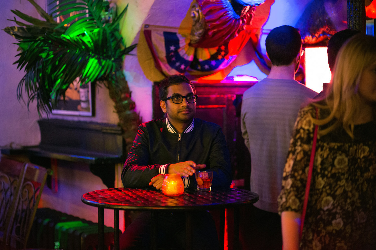 """Aziz Ansari's """"Master Of None"""" Nails Race Perfectly"""