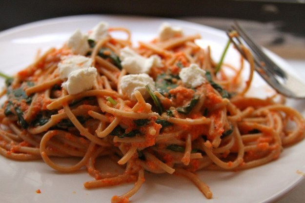 Creamy Roasted Red Pepper Goat Cheese Pasta