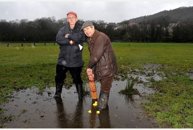 These Welsh people had trouble with cricket. That pitch is going to take spin like a dream.