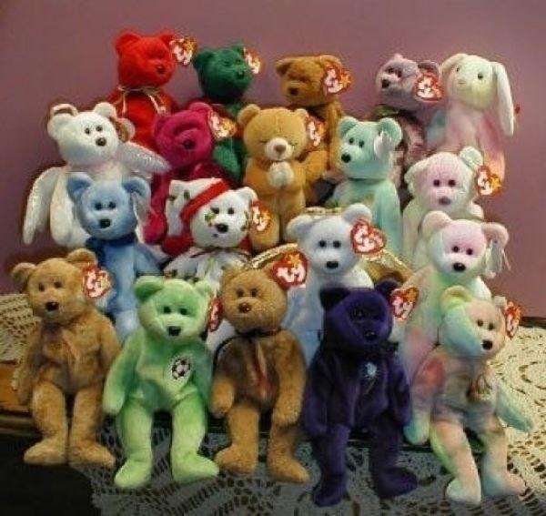 Y un montón de Beanie Babies, los cuales de seguro valdrán mucho dinero un día: