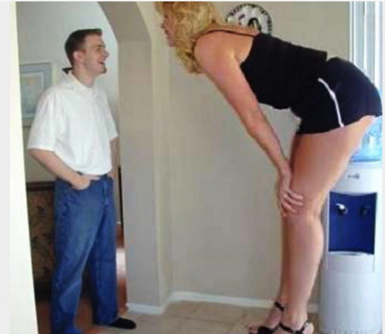 17 Pictures Short Girls Will Never Understand