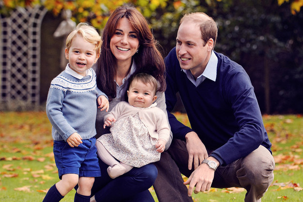 Something Is Wrong With This Photo Of The Royal Family