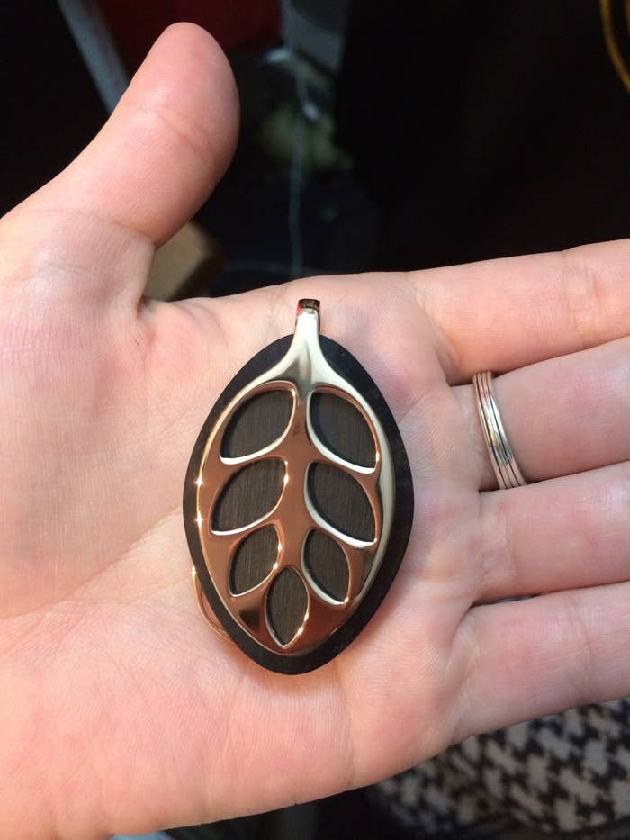 The Leaf Is A Pendant That Tracks Your Sleep Cycles Activity Breathing And Monthly You Can Wear It As Bracelet Necklace Or Clip