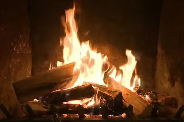 The 13 Best Yule Log Videos To Watch During The Holidays