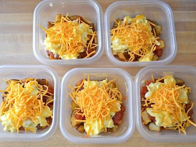 19 easy hot lunch ideas that will warm up your freezing office eat breakfast for lunch make all your co workers jealous get the recipe forumfinder Images