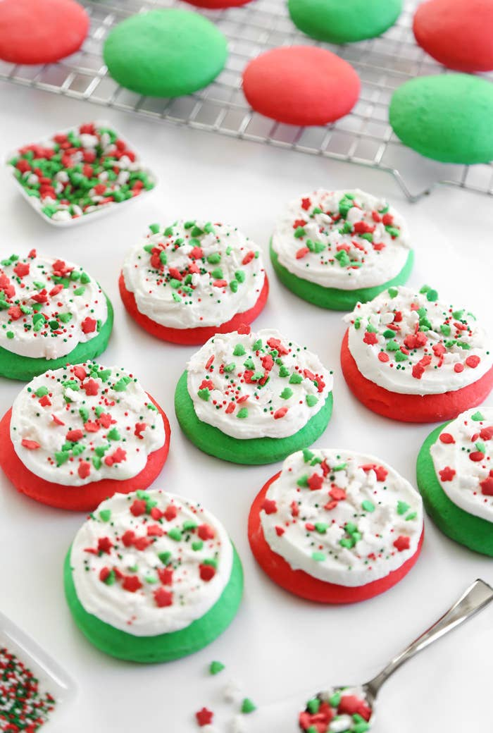 4 lofthouse style soft sugar cookies