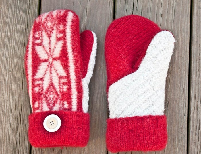 So you shrunk that sweater. It was on purpose (shh). Now you can make these mittens. Tutorial here.