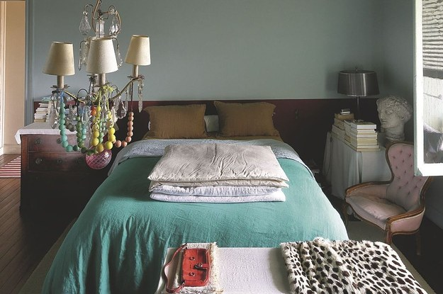 48 Inexpensive Ways To Upgrade Your Bedroom Awesome Simple Ways To Decorate Your Bedroom