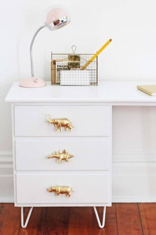 Prehistoric metallics are SO chic right now. But seriously, these are adorable and you can check out the step-by-step instructions here.