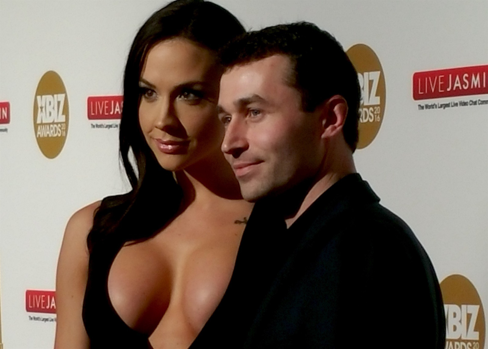 James Deen Accuser Stoya Sidesteps Controversy At The XBIZ Awards