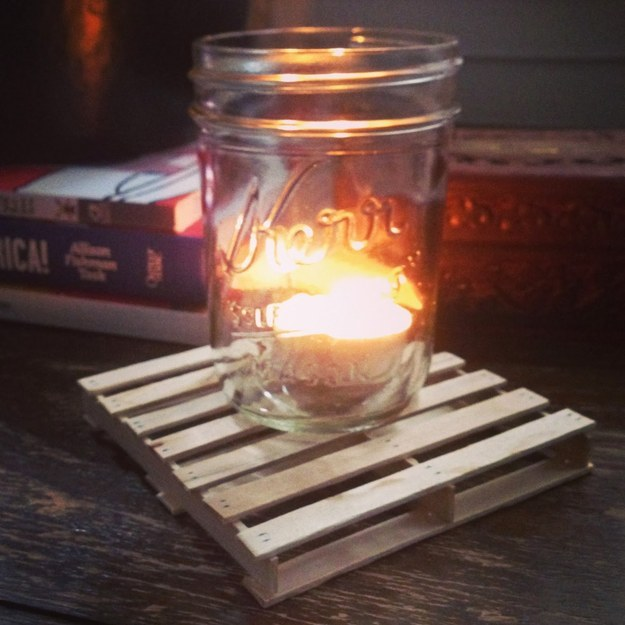 Pile some sticks into mini pallet coasters: