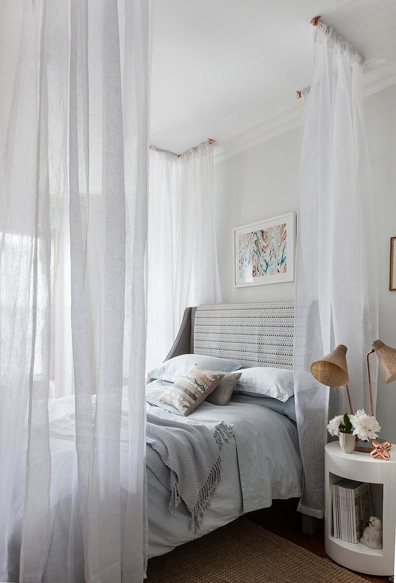 Check out a great tutorial here. & 14 DIY Canopies You Need To Make For Your Bedroom