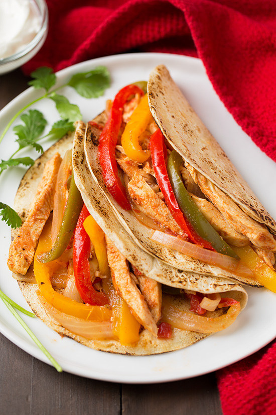 Food 1 2016 5 2 Chicken Fajitas >> Here Are 19 Insanely Popular Crock Pot Recipes