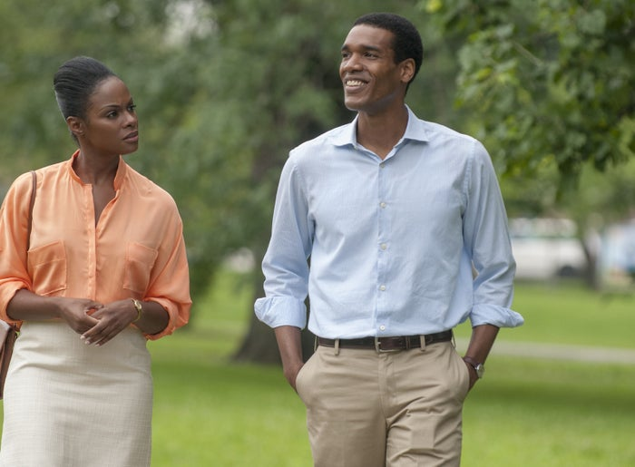 Tika Sumpter as Michelle Robinson and Parker Sawyers as Barack Obama in Southside With You.