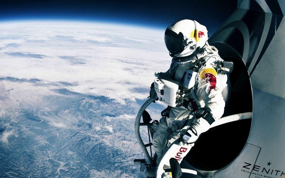 Felix Baumgartner momentos antes de su salto histórico a la tierra desde la estratosfera en Octubre del 2012.