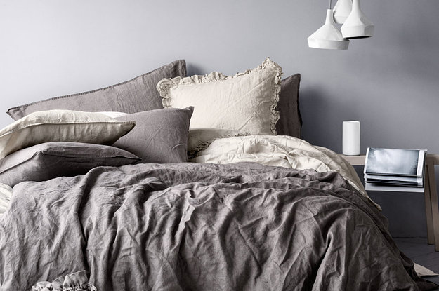 . 28 Cozy Things You Need For Your Bedroom