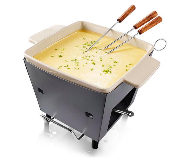 Esta olla de fondue para cuando quieres fondue, pero también quieres hacer un picnic al aire libre.