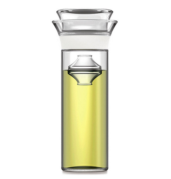 Este preservador de vino para cuando quieres beber, pero no ~deberías~ terminarte una botella entera.