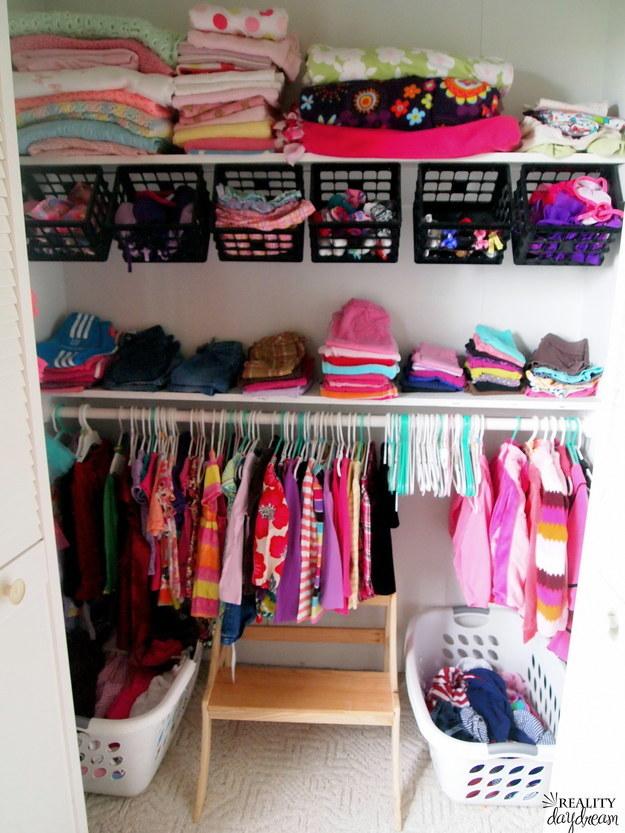 21 astuces pour mieux ranger votre armoire - Comment ranger son armoire ...