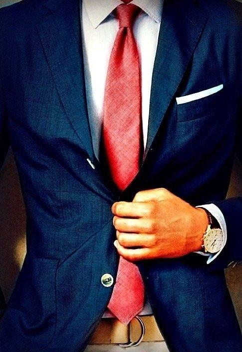 Si tienes una presentación importante usa una corbata roja.