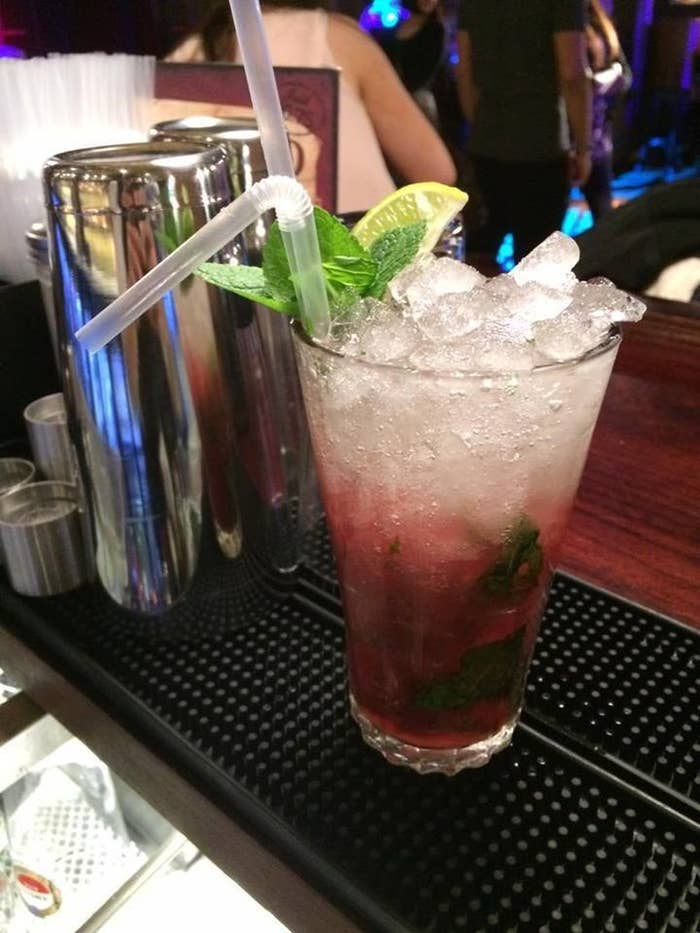 24 Drinks You Should Order If Youre Not Drinking