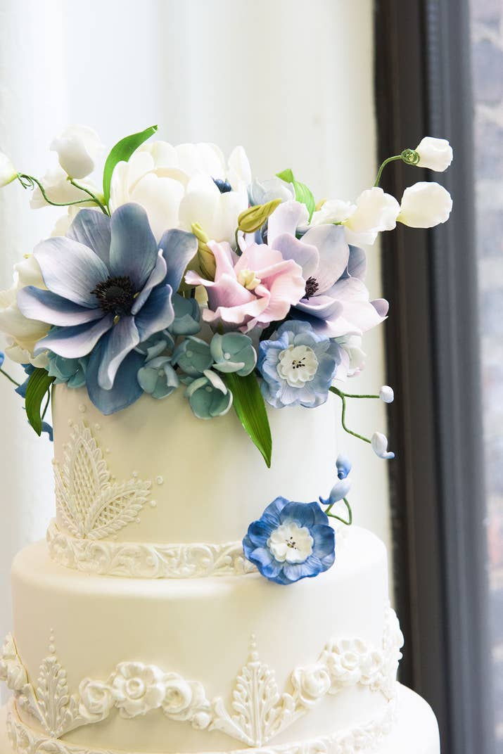We Watched Super Fancy Wedding Cakes Get Made And It Was Awesome