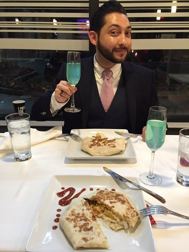 And because no Valentine's Day date is complete without some bubbly, they sipped Baja Blast out of champagne flutes.
